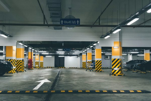 Binnenkant parkeergarage