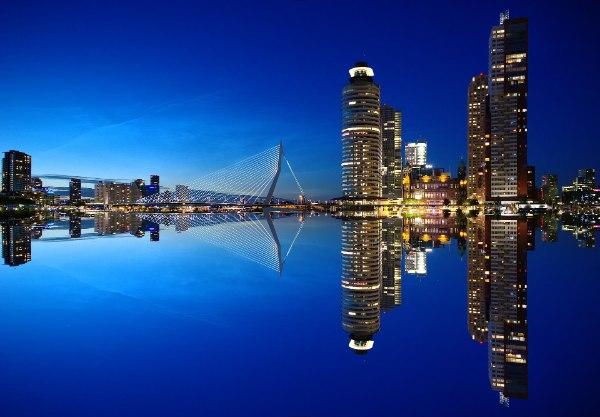 Rotterdam centrum met Erasmusbrug