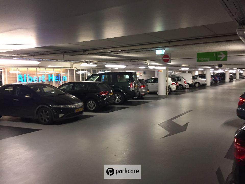 Geparkeerde auto's Parkeergarage Q-Park Museumplein